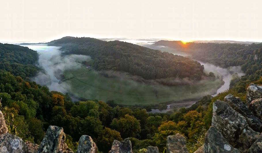 Overlooking the Wye Valley from Yat Rock on a September morning